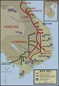 Ho Chi Minh-stien, som betyr et nettverk av forsyningslinjer der tropper, sovjetisk/kinesik våpen og ammunisjon ble sendt fra Nord til Sør. Hvem forårsaket krigen?