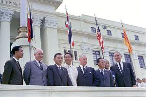 Toppmøtet om Vietnam i Manila 24. oktober 1966