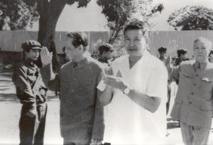 Pol Pot sammen med nord-vietnamesiske Le Duan